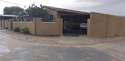 4 Bedroom House for sale in Delft