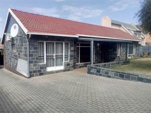 3 BEDROOM FAMILY HOME FOR SALE IN SUIDEROORD