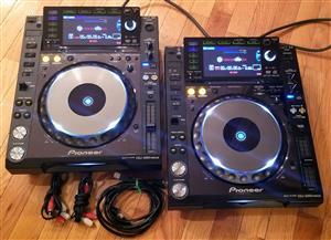 Mint pioneer cdj 2000 nexus with djm 900 nexus