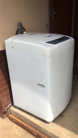 LG 13kg Top load automatic washing machine Fuzzy Logic WF-T1330TP
