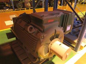 Electrical Motors and other Machinery on Sale in Scorpion Zinc Online Auction