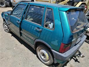 Stripping fiat uno with 1.4 engine
