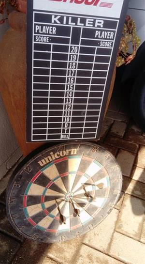 Dartboard+6 darts
