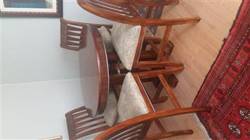 Bar high table with 4 high chairs