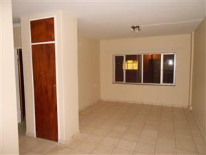 Cosey 1 bedroom flat for sale : Pretoria North