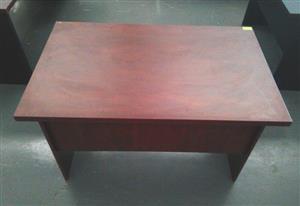 Impact mahogany desk