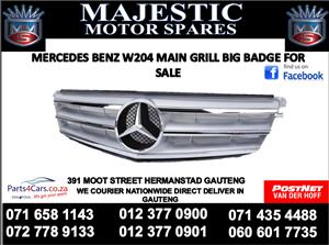 Mercedes benz w204 2014 fron grill big badge for sale
