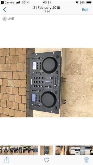 Gemeni Mixer DJ CDM- 4000 controller