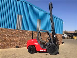 Manitou 3 Ton Diesel Rough Terrain Forklift For Sale