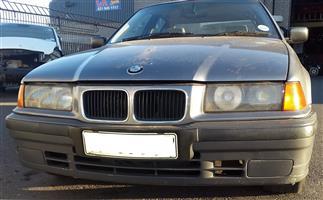 BMW E36 316i M42 8V stripping for spares.