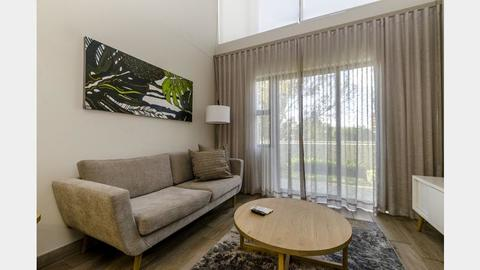 ONLINE AUCTION! ELITE BUSINESS HOTEL APARTMENT - PRETORIA