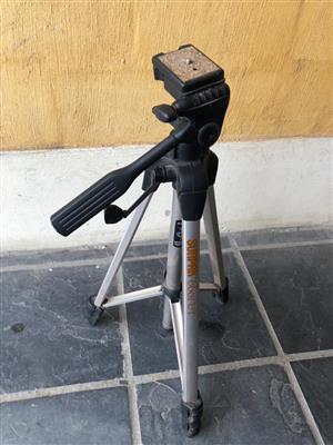 Sunpak 6601UT Tripod with 3-Way, Pan-and-Tilt Head - Ideal for Photo and Video Use