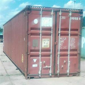 40 foot containers for sale in Rosslyn Pretoria, They are in good condition.