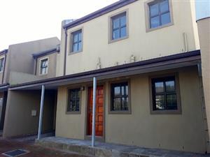 Lovely modern duplex for sale in Wynberg