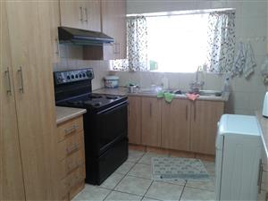 Very neat 3 bedroom house for sale in Vanderbijlpark Sw 1