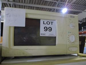 Assorted Microwave Ovens - ON AUCTION