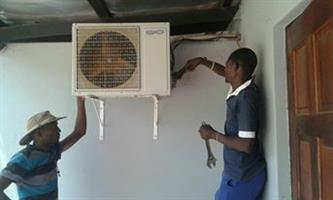 Airconditioner installers, Suppliers and Regas,Repairs/Maintance