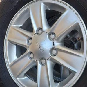 Isuzu rims and tyres