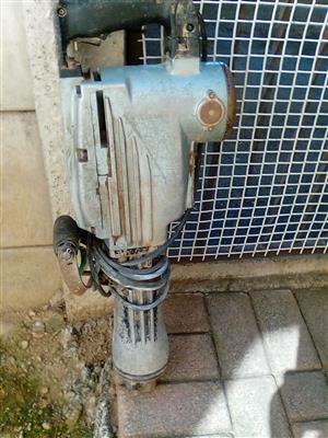 Electric breaker ph65 used