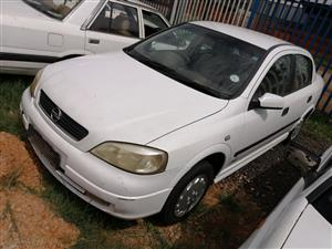 Stripping opel Astra classic for spares