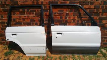 Mitsubishi Pajero Right Front and Right Rear Door
