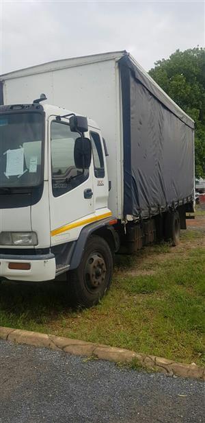 2005 Isuzu FTR800 Curtain side / Tautliner truck for sale