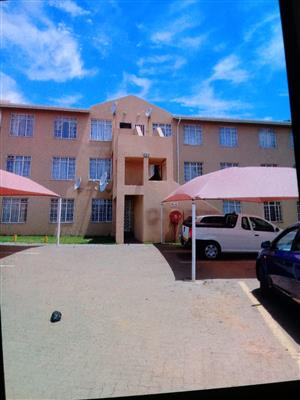 2 Bedroom flat to let in Naturena close to Chiefs Village