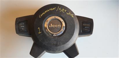 Jeep Grand Cherokee SRT8 Steering Airbags