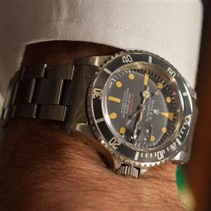 i m looking for vintage watches.