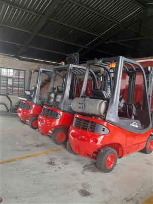 1.6 & 1.8 TON FORKLIFTS TO HIRE
