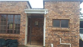 1 and a half bedroom garden cottage to rent