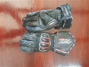 2 Pairs riding gloves for sale