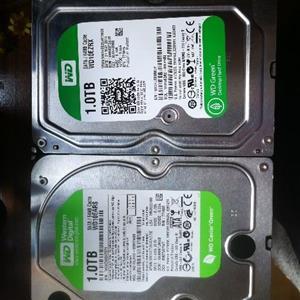 2 x 1TB western digital hard drives