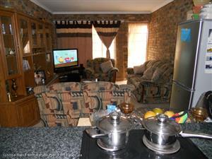 336 F BOHLMAN STREET - 3 BEDROOM HOUSE IN HERMANSTAD
