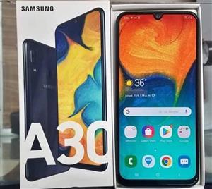 A 30 Samsung