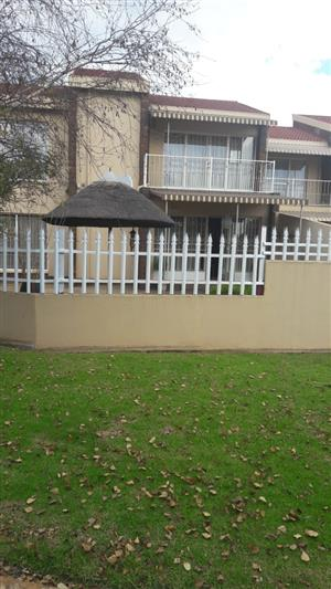 Very neat townhouse for sale in Delmas.