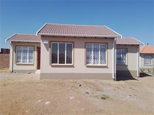 Newly built 3 bedrooms house in Chief Mogale close to Shoprite...call us now