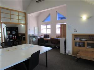 GARDENS: 79m2 Office To Let