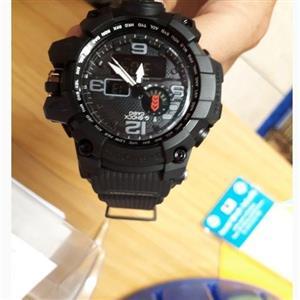 lg g5 and casio G-shock watch