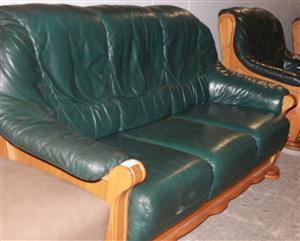Leather lounge suite S029959A #Rosettenvillepawnshop