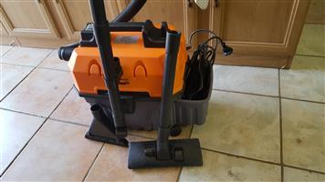 Bennett read tough 15 vacuum cleaner