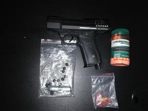 Handguns in Western Cape   Junk Mail