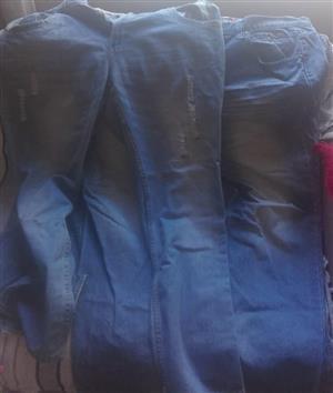 4 size 42 Mans Jeans