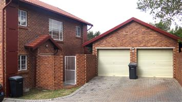 2 BED TOWNHOUSE ON AUCTION IN THE REEDS, CENTURION 17 April 2019