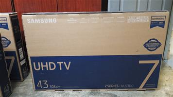 Samsung 43 inch UHD TV 7 series