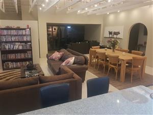 En suite room in house share - Pretoria easr