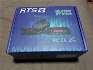 RTS DV 2400s Radio