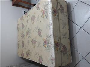 Double base and mattress set