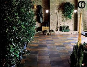 BUILDING MATERIALS - PAVING AND BUILDING BRICKS. RIVER SAND AND PLASTER SAND. CEMENT AND GARDEN BLOCKS - DECOR / CENTURION