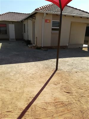 2 bed house in a secure estate in Azaadville gardens